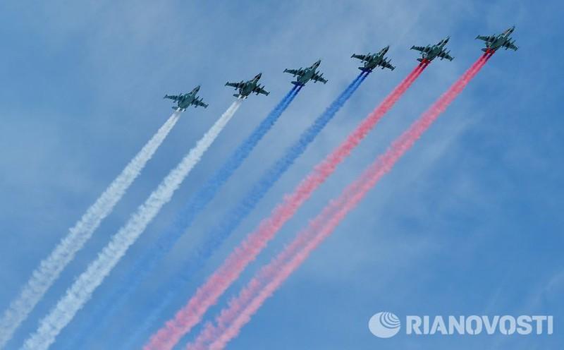 Xem Nga khoe dàn vũ khí khủng trong lễ kỷ niệm Ngày Chiến thắng 9/5 - ảnh 22