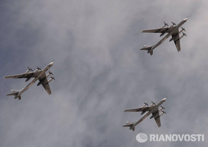 Xem Nga khoe dàn vũ khí khủng trong lễ kỷ niệm Ngày Chiến thắng 9/5 - ảnh 18