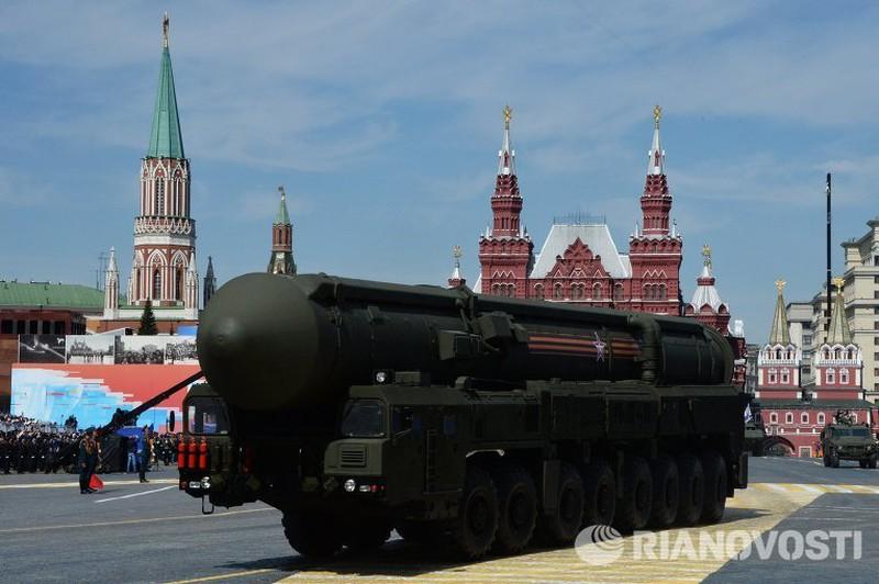 Xem Nga khoe dàn vũ khí khủng trong lễ kỷ niệm Ngày Chiến thắng 9/5 - ảnh 9