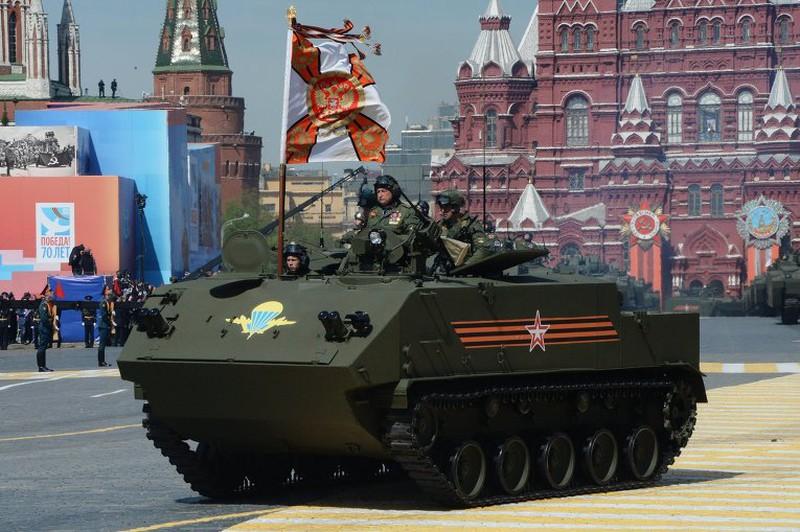 Xem Nga khoe dàn vũ khí khủng trong lễ kỷ niệm Ngày Chiến thắng 9/5 - ảnh 5