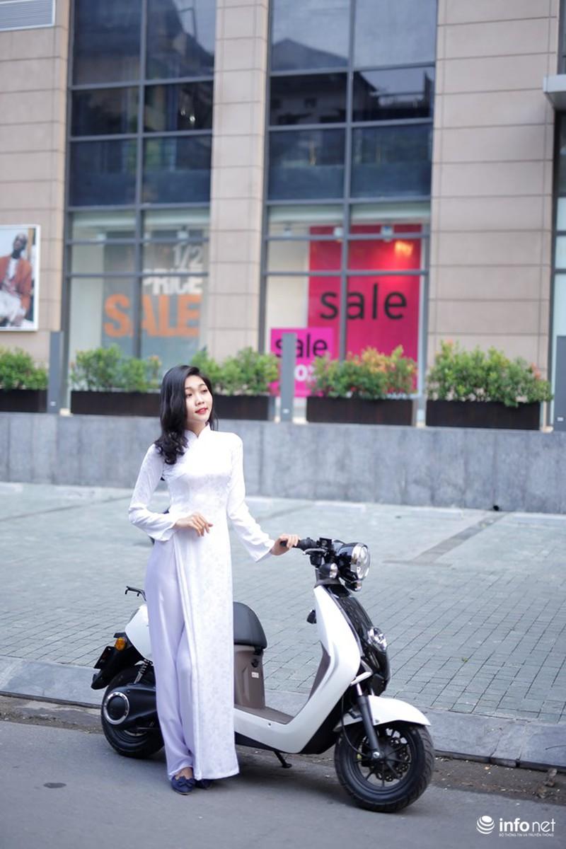 Xe điện Honda V-Sun V3 tôn dáng người đẹp áo dài - ảnh 7
