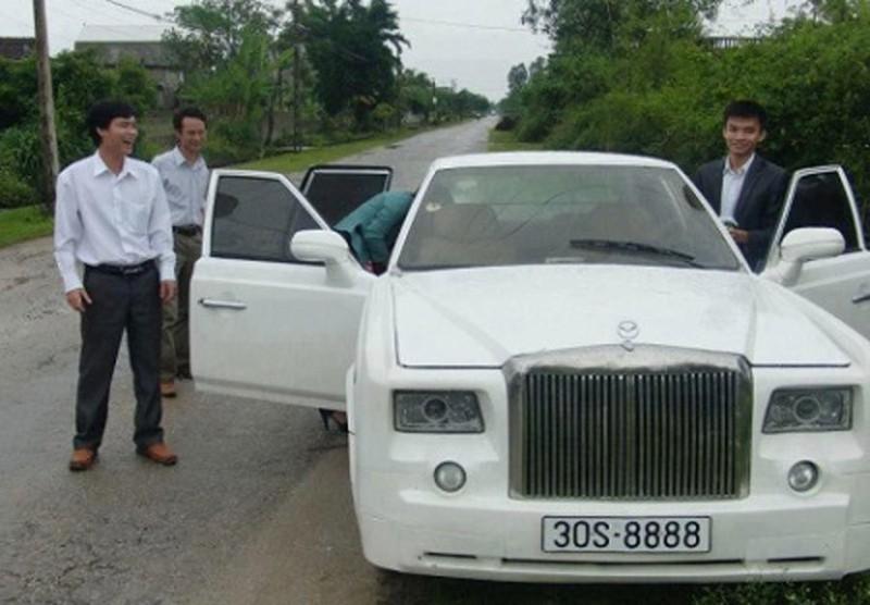 Biến xe 'đồng nát' thành 'siêu xe': Thán phục thợ Việt