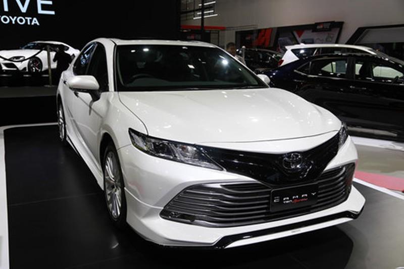 Chi tiet Toyota Camry 2019 sap ra mat tai VN hinh anh 1