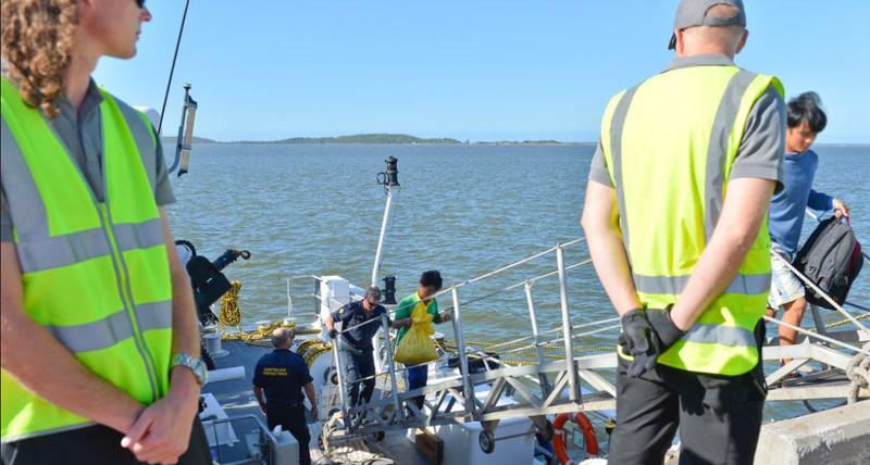 Ảnh: 15 ngư dân Việt Nam bị bắt vì đánh bắt trái phép ở Australia - ảnh 1
