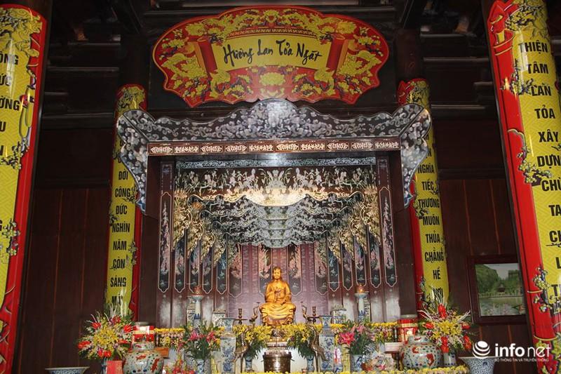 Chủ nhân của ngôi đền.