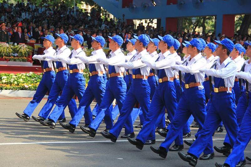 Toàn cảnh lễ Diễu binh chào mừng 40 năm Thống nhất đất nước (30/4/2015) - ảnh 31