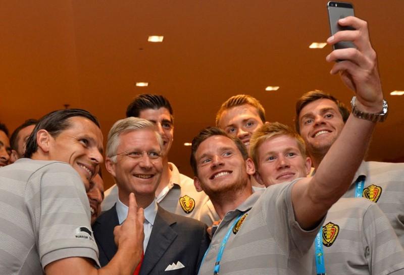 Các nguyên thủ quốc gia cũng 'phát cuồng' vì World Cup - ảnh 13