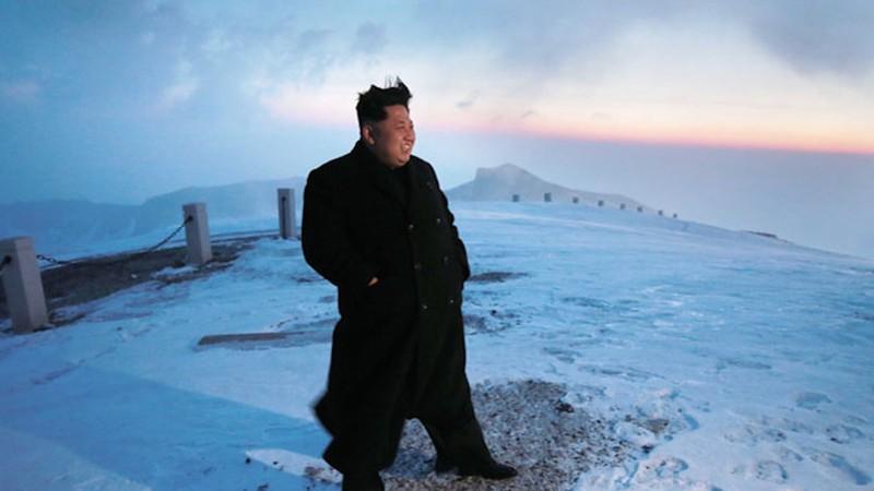 Thông tấn Triều Tiên: Ngỡ ngàng hình ảnh Kim Jong-un leo núi - ảnh 1