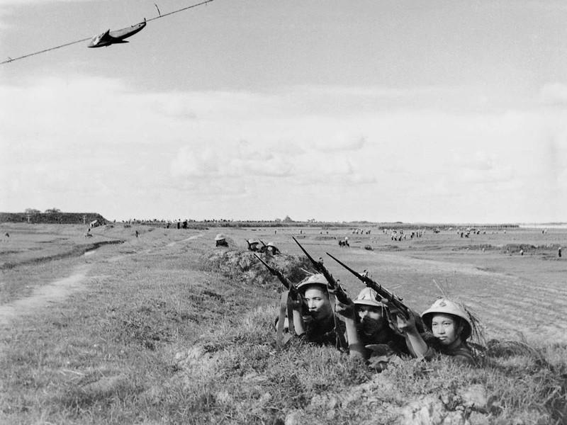 Bộ ảnh quý về chiến tranh Việt Nam do phóng viên nước ngoài sưu tập - ảnh 9