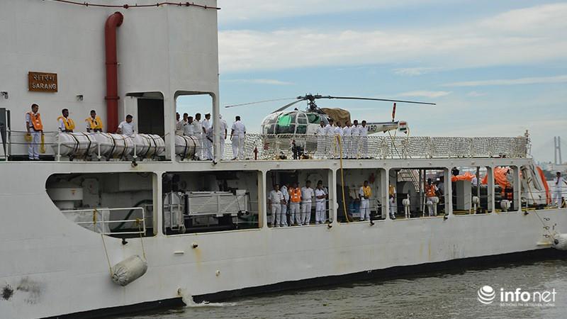 Tàu tuần duyên hơn 2.000 tấn của Ấn Độ tới thăm TP.HCM - ảnh 2
