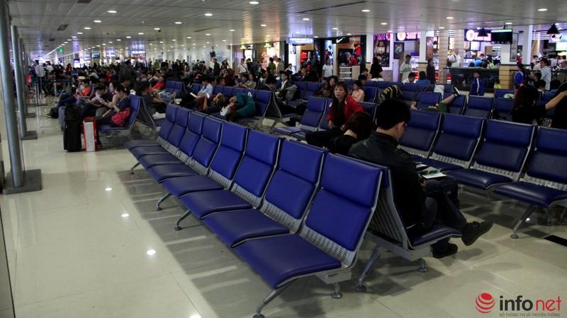 Sân bay Tân Sơn Nhất thông thoáng ngày cuối năm - ảnh 15