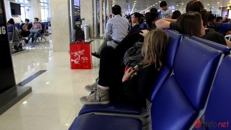 Sân bay Tân Sơn Nhất thông thoáng ngày cuối năm - ảnh 16