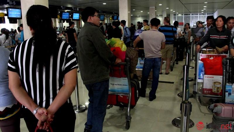 Sân bay Tân Sơn Nhất thông thoáng ngày cuối năm - ảnh 4