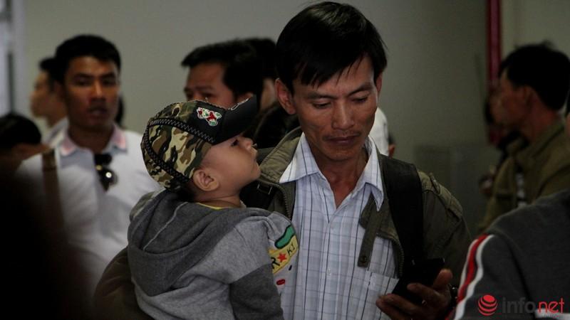 Sân bay Tân Sơn Nhất thông thoáng ngày cuối năm - ảnh 5
