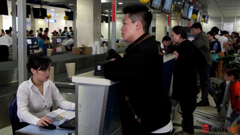 Sân bay Tân Sơn Nhất thông thoáng ngày cuối năm - ảnh 7