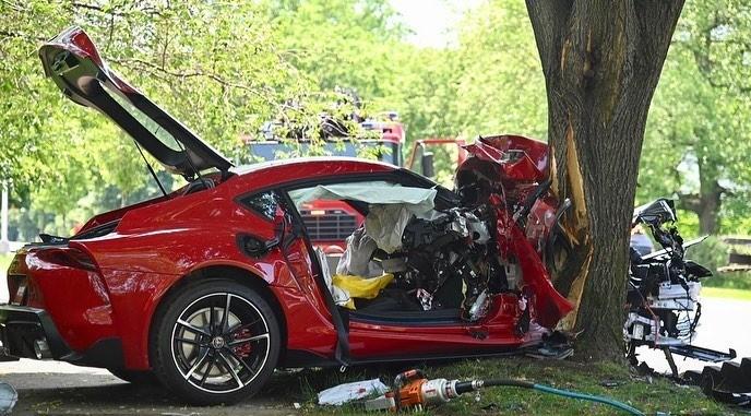 Chiếc xe gặp nạn khi đang được một khách hàng lái thử