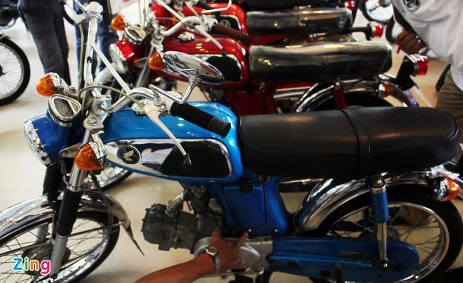 Khám phá bộ sưu tập hàng trăm chiếc xe máy cổ tại Sài Gòn - ảnh 1