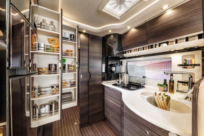Concorde Liner: 'Nhà di động' cho giới siêu giàu với giá 9,4 tỷ đồng - 4