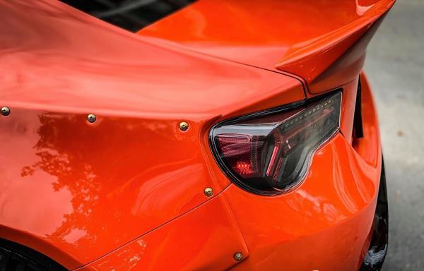 Dân chơi chi vài trăm triệu biến chiếc Subaru BR thành hàng độc - 4