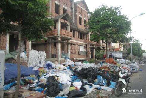 Dự án nghìn tỷ như khu ổ chuột giữa lòng Hà Nội - ảnh 2