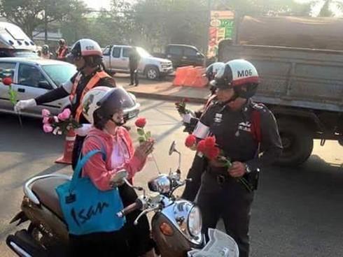 Shop TIN ngày 16/2: Lòng người Việt Nam nào đâu thích gì bom đạn - ảnh 16