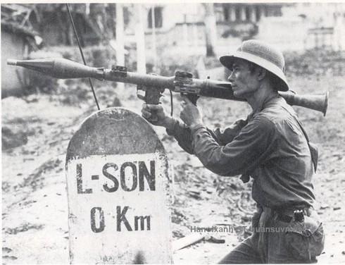 Shop TIN ngày 16/2: Lòng người Việt Nam nào đâu thích gì bom đạn - ảnh 9