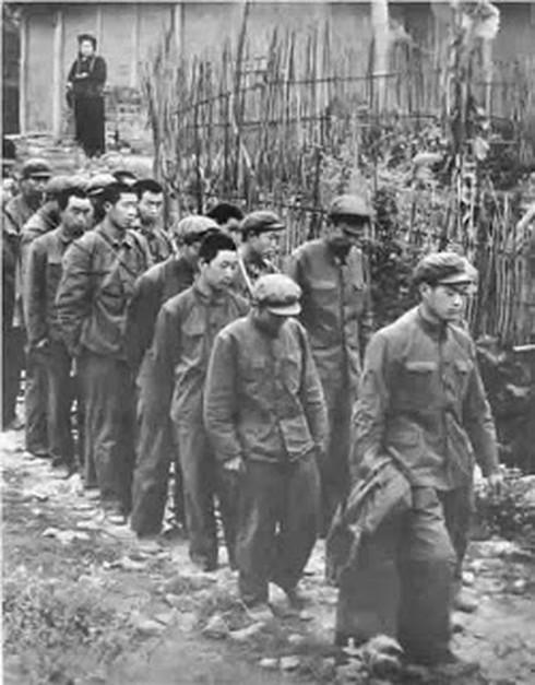 Shop TIN ngày 16/2: Lòng người Việt Nam nào đâu thích gì bom đạn - ảnh 6