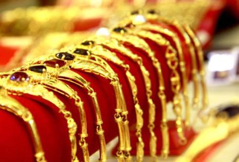 Giá vàng hôm nay 29/6 lình xình quanh mốc 35 triệu đồng, giá USD nhích nhẹ - ảnh 1