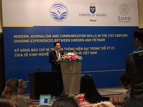 Chia sẻ kinh nghiệm báo chí truyền thông hiện đại Việt Nam và Thuỵ Điển - ảnh 1
