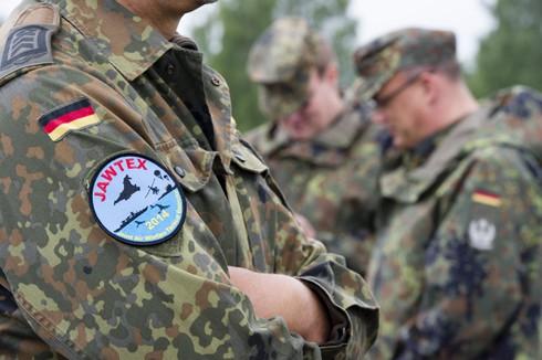 Tiềm lực quân sự của 8 đội dẫn đầu World Cup 2014 có gì đặc biệt? - ảnh 7