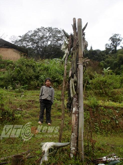 Vùng đất sọ trâu bí ẩn của bộ tộc ít người ở Hà Giang - ảnh 8