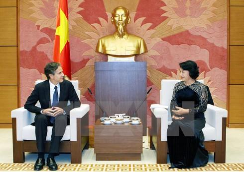 Phó Chủ tịch Quốc hội Nguyễn Thị Kim Ngân tiếp Thứ trưởng Ngoại giao Hoa Kỳ - ảnh 1