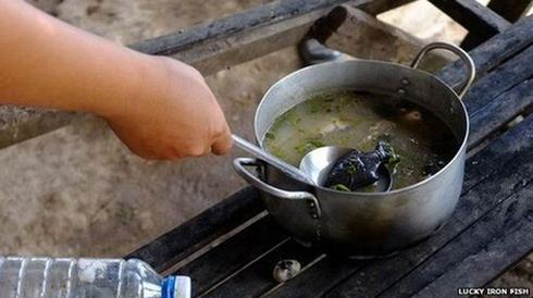 Tại sao cá sắt trong bữa ăn lại mang may mắn đến cho người Campuchia - ảnh 2