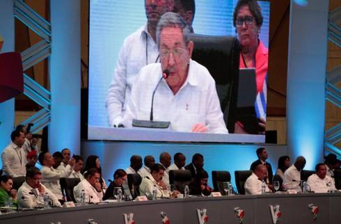 Chủ tịch Raul Castro cảnh báo ông Trump nên tôn trọng Cuba - ảnh 1