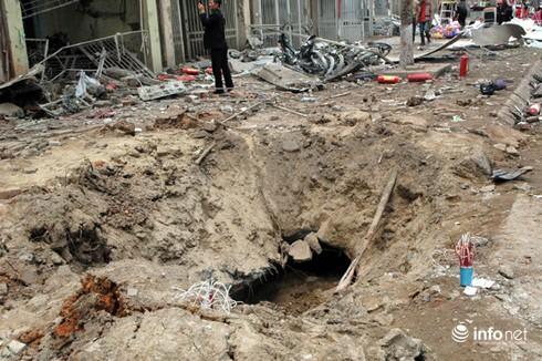 Nổ kinh hoàng ở Văn Phú, Hà Đông: Người dân trách cơ quan quản lý! - ảnh 1