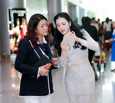 Lý Nhã Kỳ ra sân bay đón công chúa Thái Lan - ảnh 4