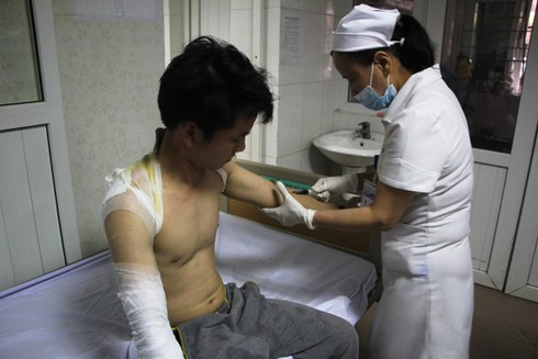 Nghệ An: Nổ kinh hoàng ở công ty gỗ, 12 công nhân nhập viện cấp cứu - ảnh 6