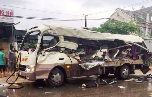 Nghệ An: Khởi tố 2 tài xế gây tai nạn thảm khốc khiến 6 người tử vong - ảnh 1