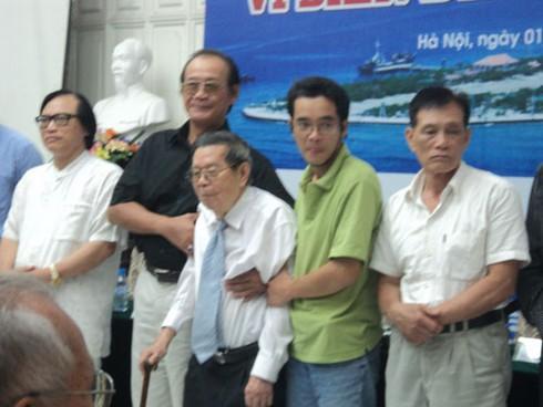 Tôn vinh hành động vì biển đảo, chống hoạt động phi pháp của Trung Quốc - ảnh 2