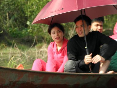 Lễ hội chùa Hương: Du khách hào hứng hành hương - ảnh 15
