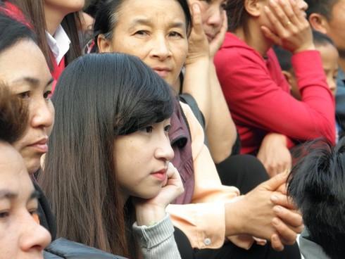 Lễ hội chùa Hương: Du khách hào hứng hành hương - ảnh 3