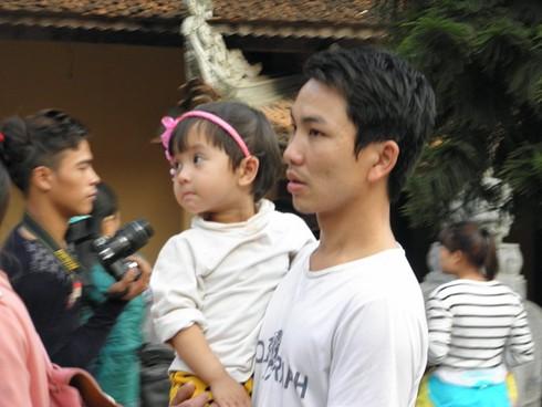 Lễ hội chùa Hương: Du khách hào hứng hành hương - ảnh 5