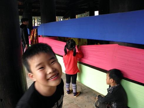 Lễ hội chùa Hương: Du khách hào hứng hành hương - ảnh 7