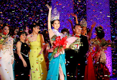 Những cô gái miền Tây quyền lực của showbiz Việt - ảnh 1