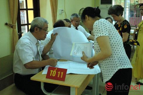 Bình Dương công bố danh sách 70 đại biểu trúng cử HĐND tỉnh nhiệm kỳ 2016-2021 - ảnh 1