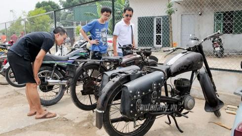 Xem xe máy Đông Đức trong ngày hội giao lưu xe cổ tại Hà Nội - ảnh 2