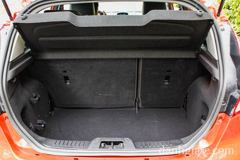 Đánh giá chi tiết Ford Fiesta 2014 - ảnh 16