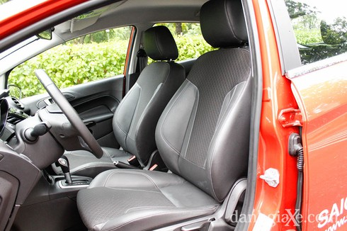 Đánh giá chi tiết Ford Fiesta 2014 - ảnh 8