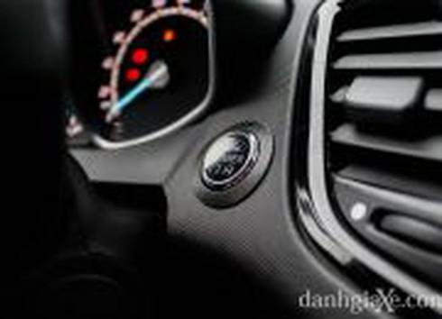 Đánh giá chi tiết Ford Fiesta 2014 - ảnh 19