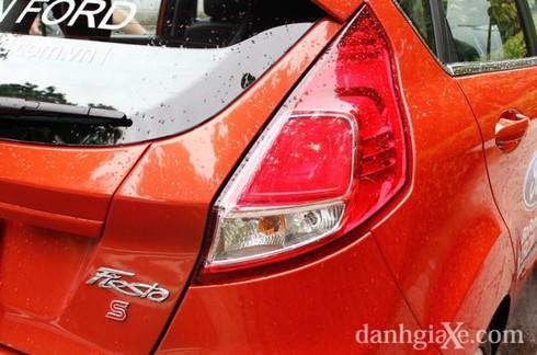 Đánh giá chi tiết Ford Fiesta 2014 - ảnh 21